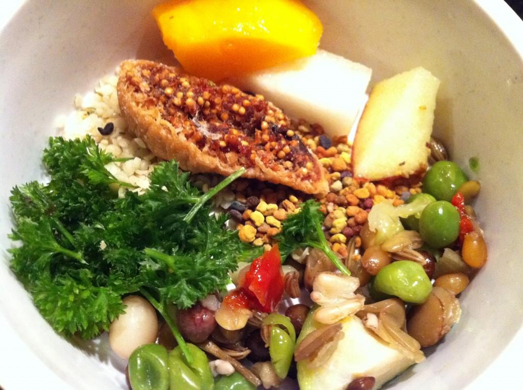 groenten, kookpotje en fruit